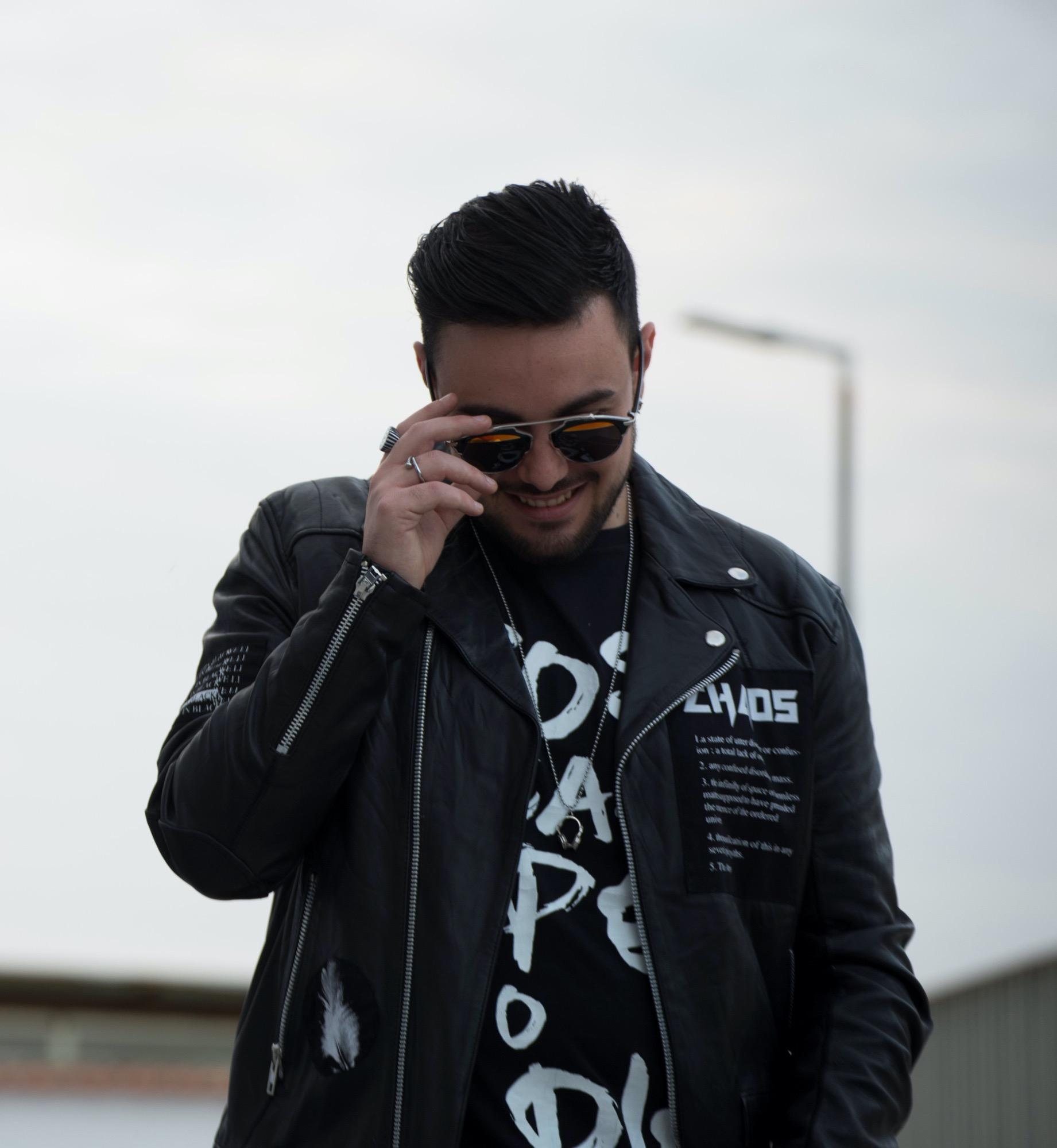 Shaman Records presenta: Hector Moralez